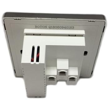 Boton 5 Pin Universal Socket With 2 USB - Q6